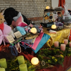 Auch Heidis Schwester Irene hat viel gearbeitet für die Adventsausstellung!